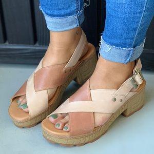 Colorblock Lug Sole Comfort Platform Sandal